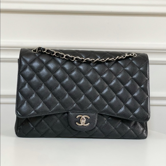 ❌SOLD❌CHANEL CLASSIC MAXI SINGLE FLAP